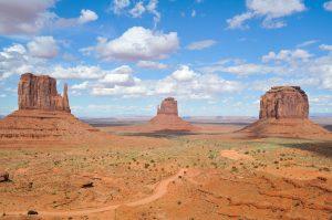 arizona desert and mountains