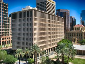 buildings in downtown phoenix